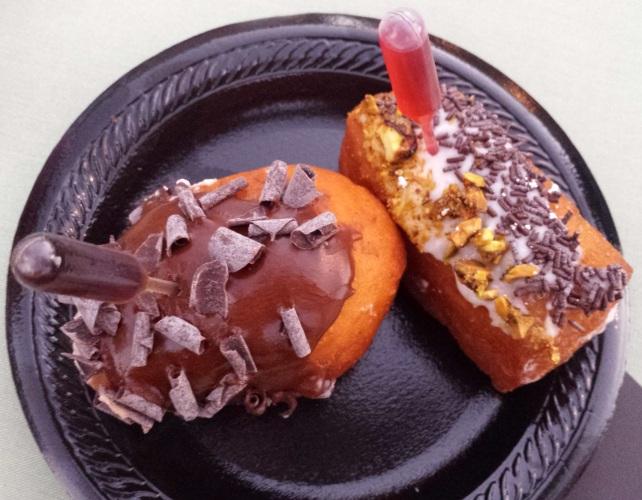 Cannoli Tiramisu Donuts Jonathan Club